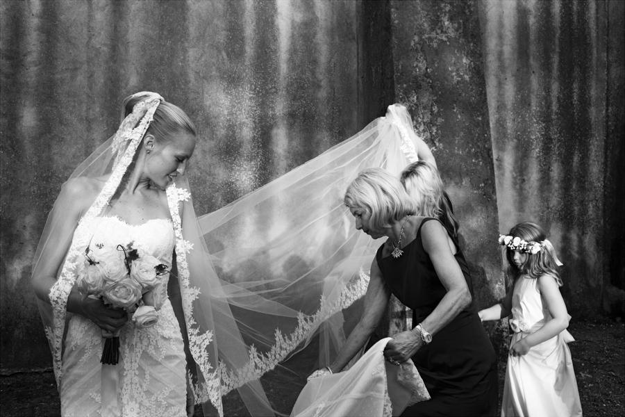 Award winning London wedding photography by Nick Tucker on English-Wedding.com (3)