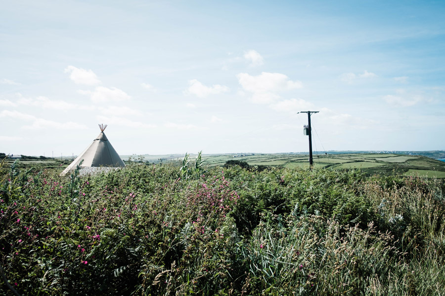 Cornwall festival weddings with Wild Tipi, image by Verity Westcott Photography (1)