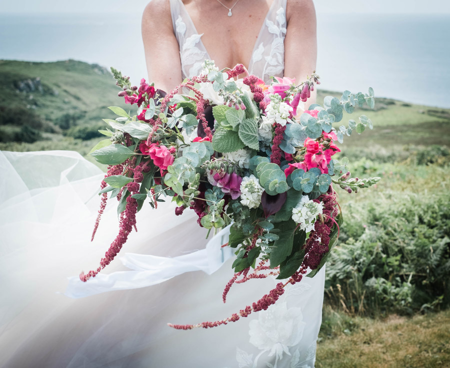 Cornwall festival weddings with Wild Tipi, image by Verity Westcott Photography (12)
