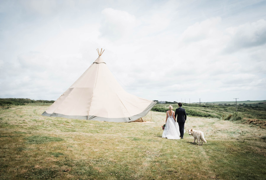 Cornwall festival weddings with Wild Tipi, image by Verity Westcott Photography (17)