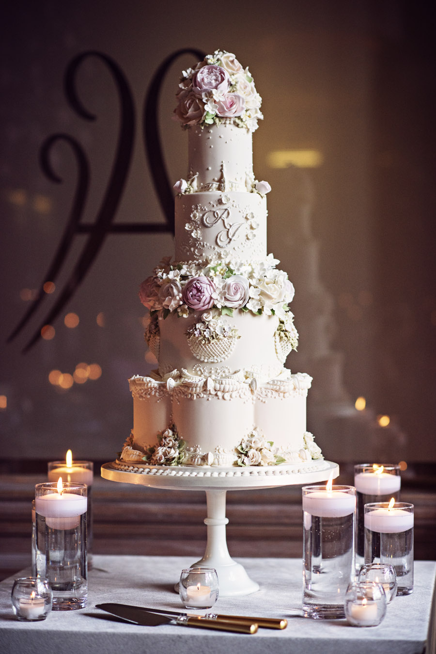 Beautiful wedding cakes by The Frostery - trends and ideas for 2019 (23)