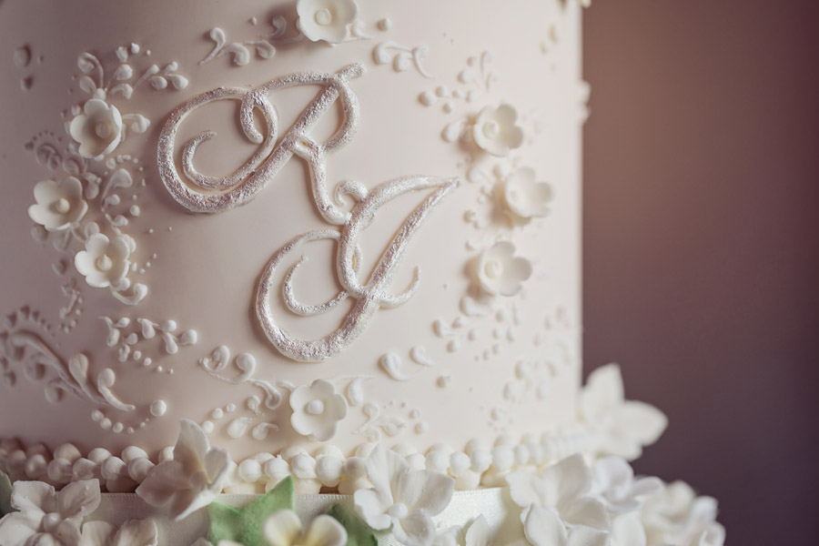 Beautiful wedding cakes by The Frostery - trends and ideas for 2019 (22)