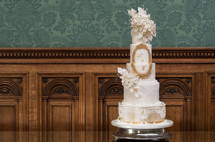 Beautiful wedding cakes by The Frostery - trends and ideas for 2019 (8)