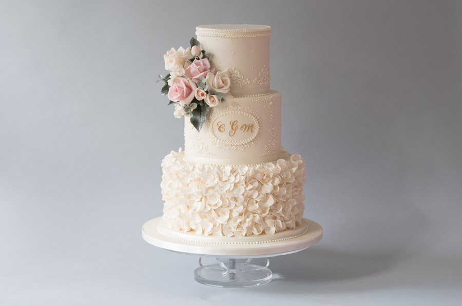 5 Epic Wedding Cake Trends Of 2019 The English Wedding Blog