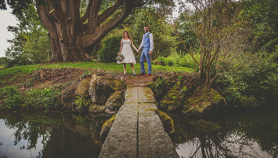 Festival vibes and a gorgeous Devon wedding at Colehayes Park, photo credit Howell Jones Photography (3)