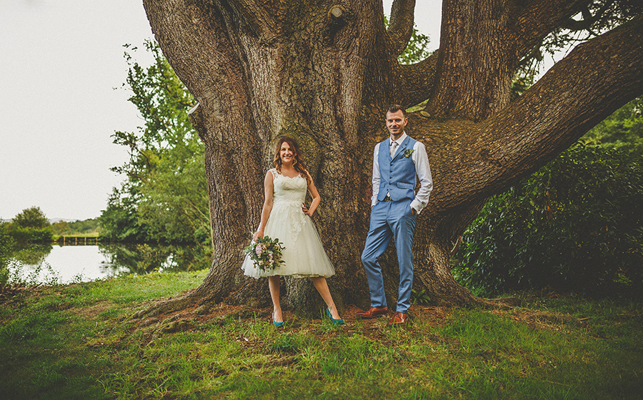 Festival vibes and a gorgeous Devon wedding at Colehayes Park, photo credit Howell Jones Photography (4)