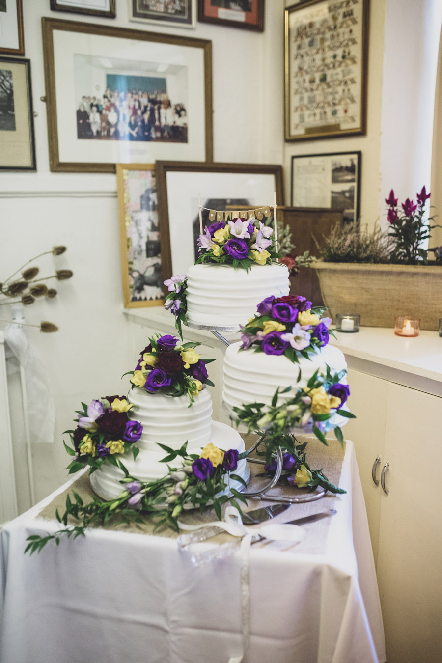 A gorgeous village hall wedding at Dunham Massey, with Jess Yarwood Photography (27)