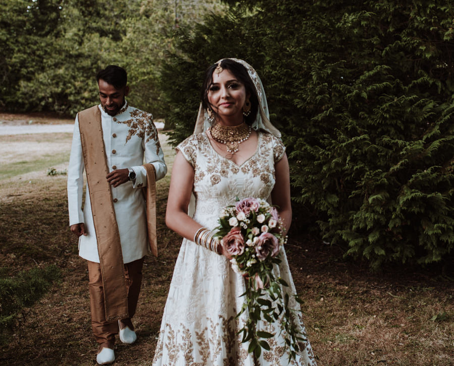Gorgeous wedding details and moments to treasure, captured by Emily Black Photography (19)