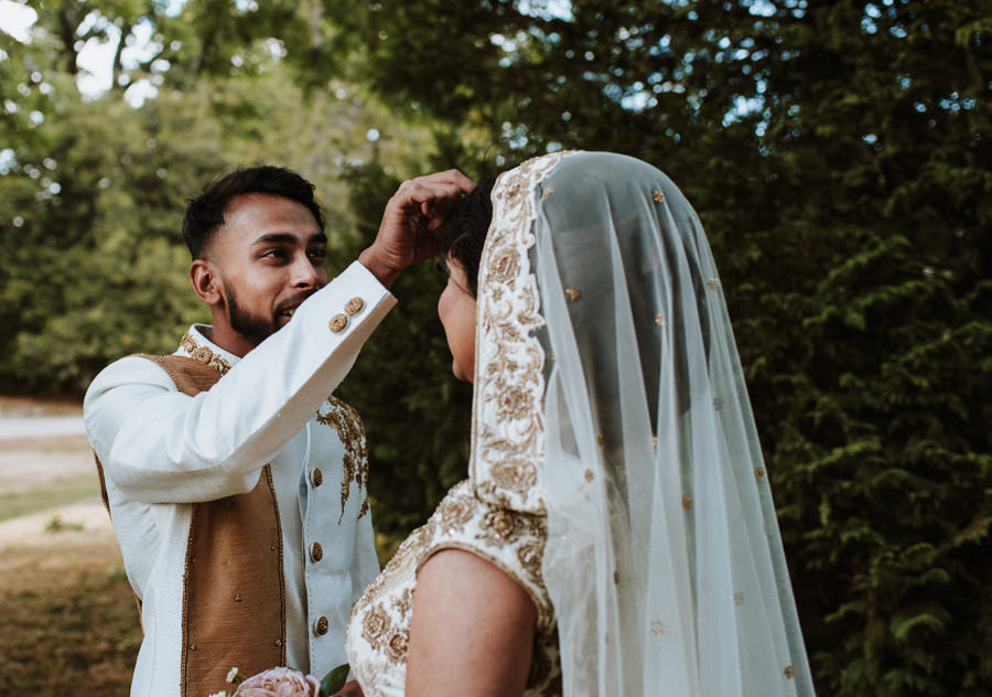 Gorgeous wedding details and moments to treasure, captured by Emily Black Photography (21)
