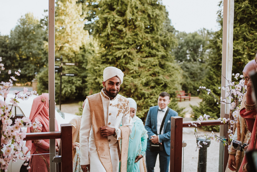 Gorgeous wedding details and moments to treasure, captured by Emily Black Photography (30)