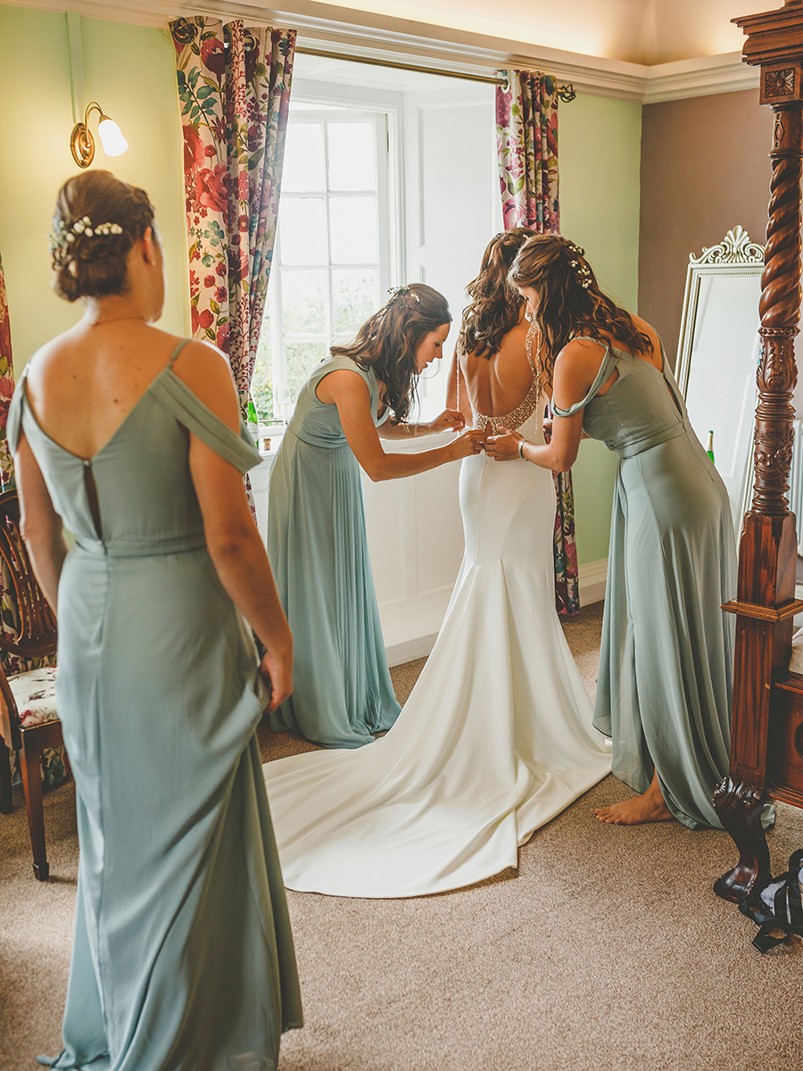 Beautiful summer wedding at Barley Wood, images by Howell Jones Photography (11)
