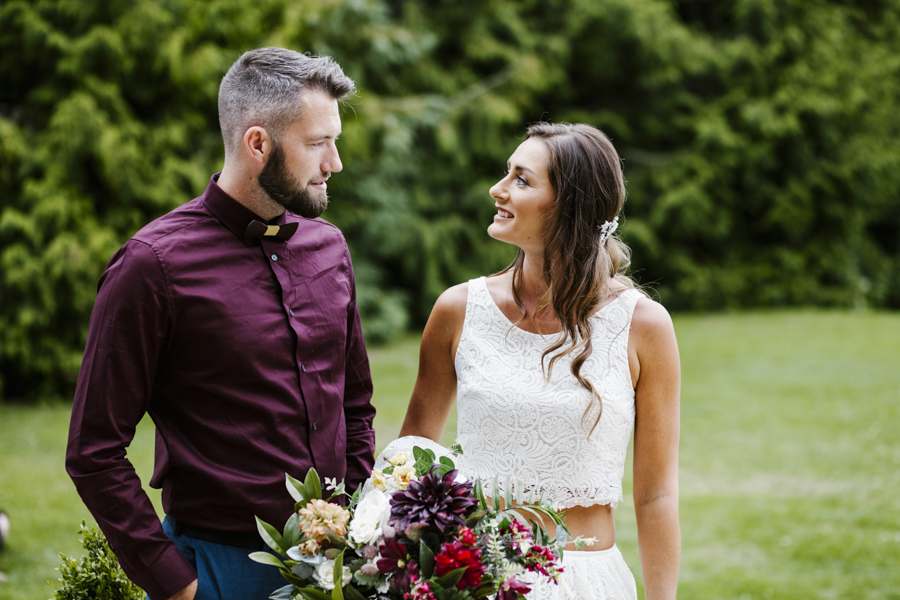 Eco friendly and vegan wedding inspiration with Kiss by Light Photography (4)