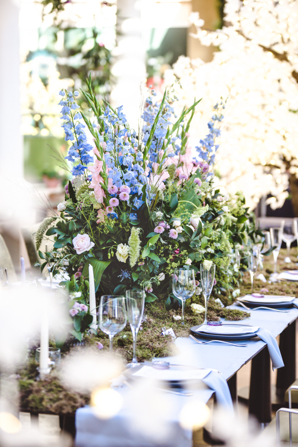 Lush city garden wedding styling ideas on English Wedding, images by Neli Prahova Photography (18)