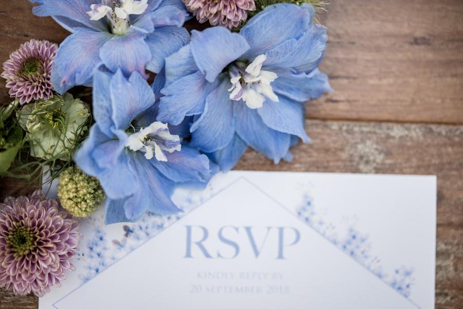 Lush city garden wedding styling ideas on English Wedding, images by Neli Prahova Photography (2)