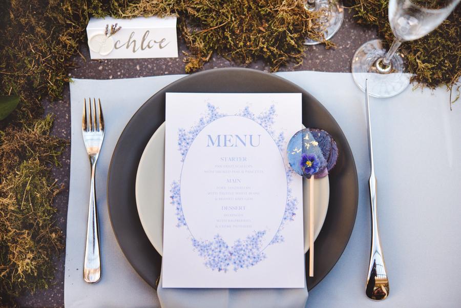 Lush city garden wedding styling ideas on English Wedding, images by Neli Prahova Photography (22)