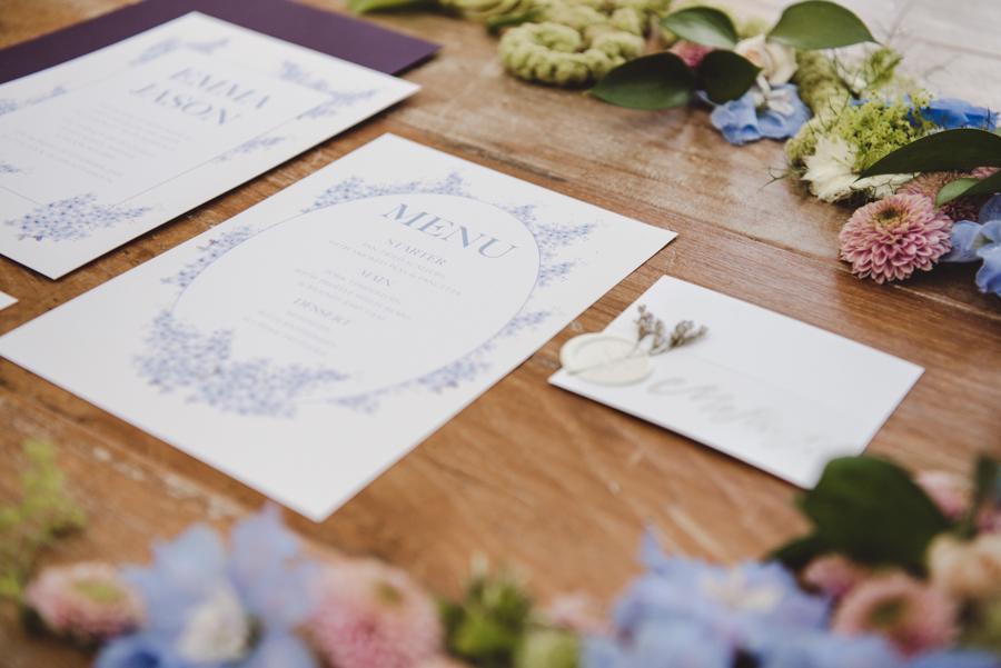 Lush city garden wedding styling ideas on English Wedding, images by Neli Prahova Photography (31)