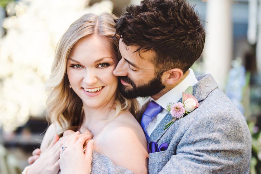 Lush city garden wedding styling ideas on English Wedding, images by Neli Prahova Photography (38)