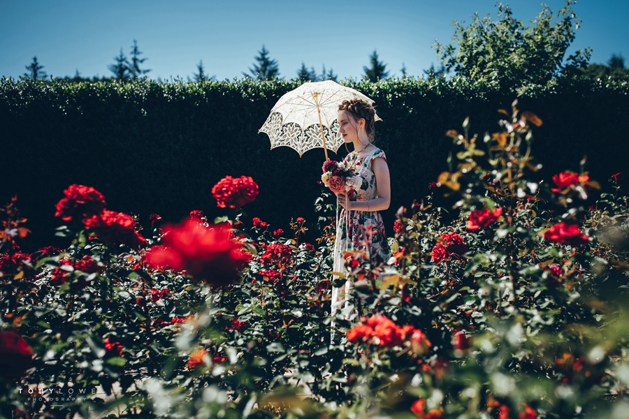 English garden wedding inspiration with hundreds of roses, images by Toby Lowe Photography (1)
