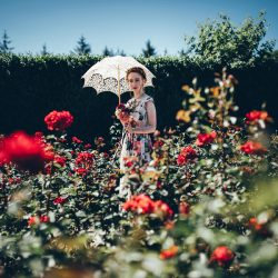 Wedding ideas with more roses than you've ever seen in your life! At RHS Rosemoor