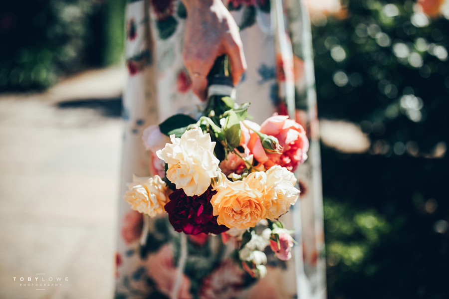 English garden wedding inspiration with hundreds of roses, images by Toby Lowe Photography (15)