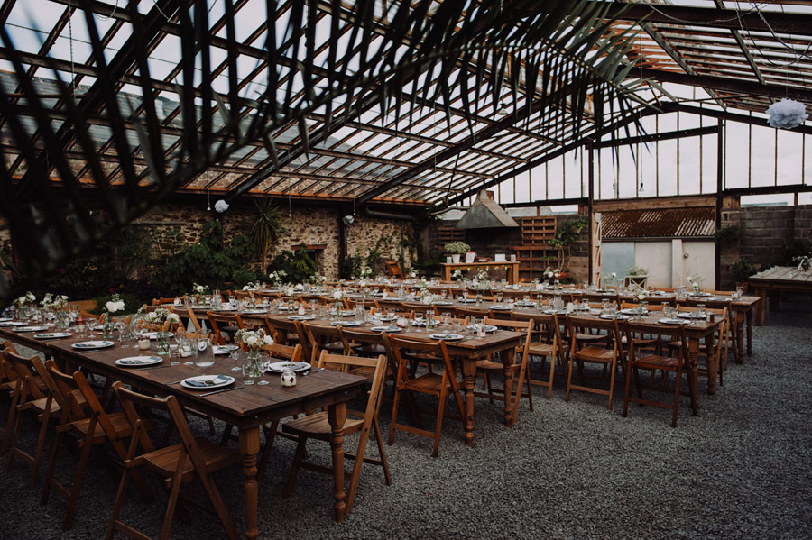 A relaxed botanical vibe for an Anran wedding in Devon, photo credit Special Day Wedding Photos (3)