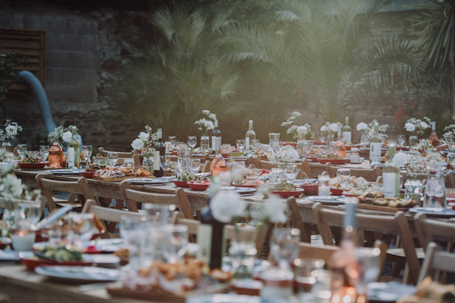 A relaxed botanical vibe for an Anran wedding in Devon, photo credit Special Day Wedding Photos (5)