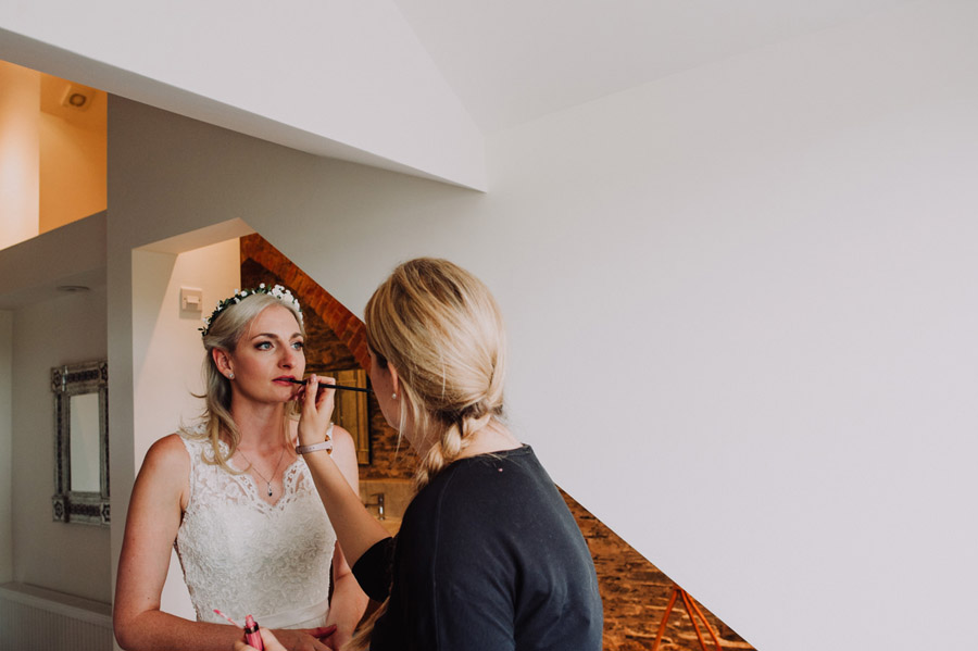 A relaxed botanical vibe for an Anran wedding in Devon, photo credit Special Day Wedding Photos (13)