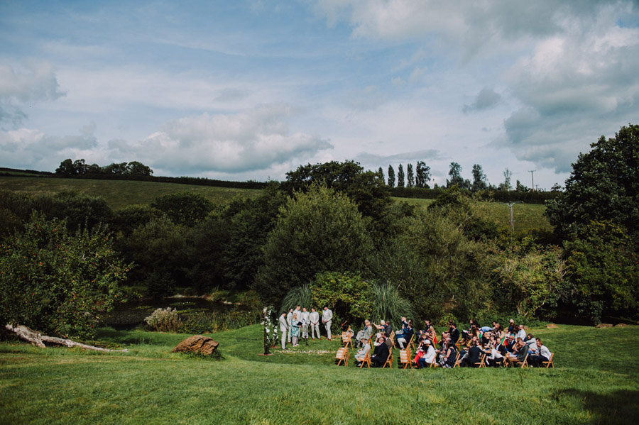 A relaxed botanical vibe for an Anran wedding in Devon, photo credit Special Day Wedding Photos (17)