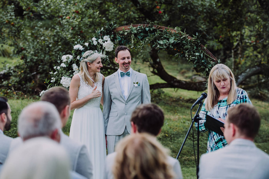A relaxed botanical vibe for an Anran wedding in Devon, photo credit Special Day Wedding Photos (20)