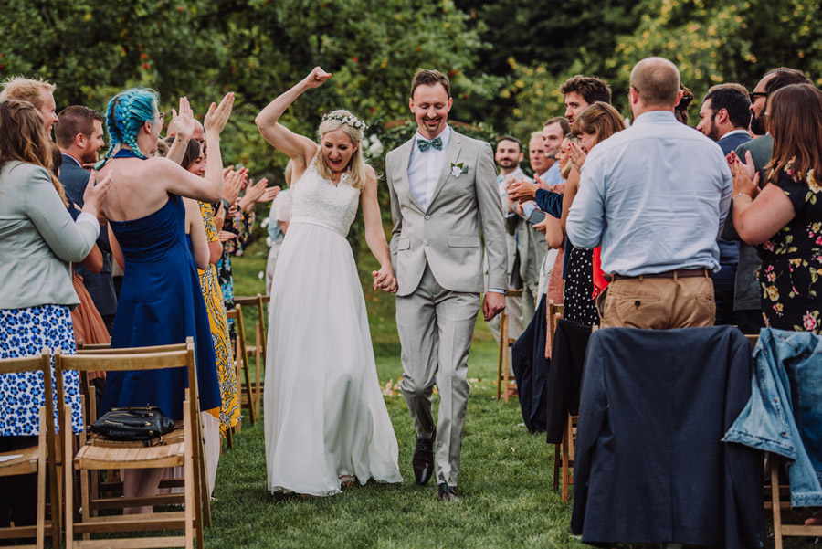 A relaxed botanical vibe for an Anran wedding in Devon, photo credit Special Day Wedding Photos (23)