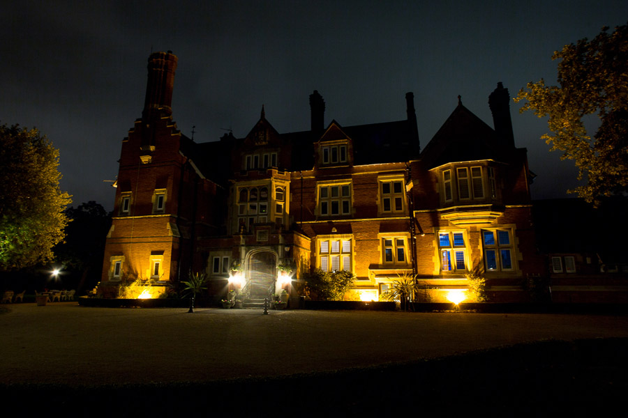 A review of Berwick Lodge on English-Wedding.com by Bristol wedding photographer Martin Dabek (1)