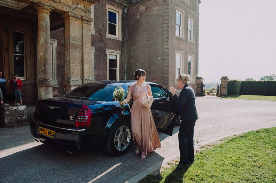 Gorgeously elegant real wedding style at Hestercombe, photo credit Special Day Wedding Photos (7)