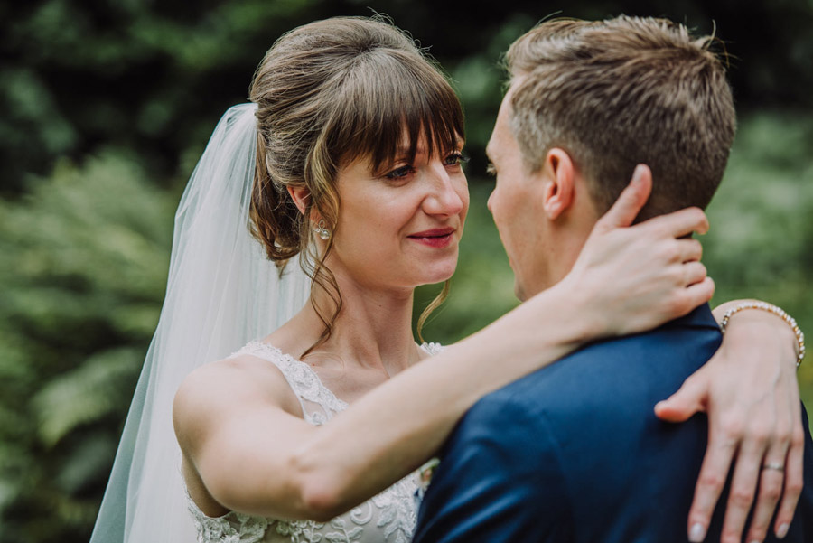 Gorgeously elegant real wedding style at Hestercombe, photo credit Special Day Wedding Photos (27)