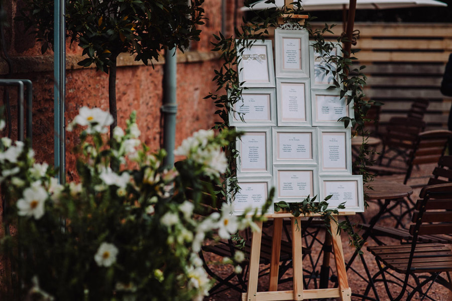 Gorgeously elegant real wedding style at Hestercombe, photo credit Special Day Wedding Photos (37)