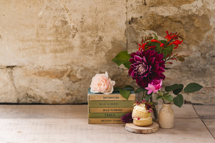 Kelston Old Barn wedding styling with Little Wedding Helper and Sam Gibson Photography (11)