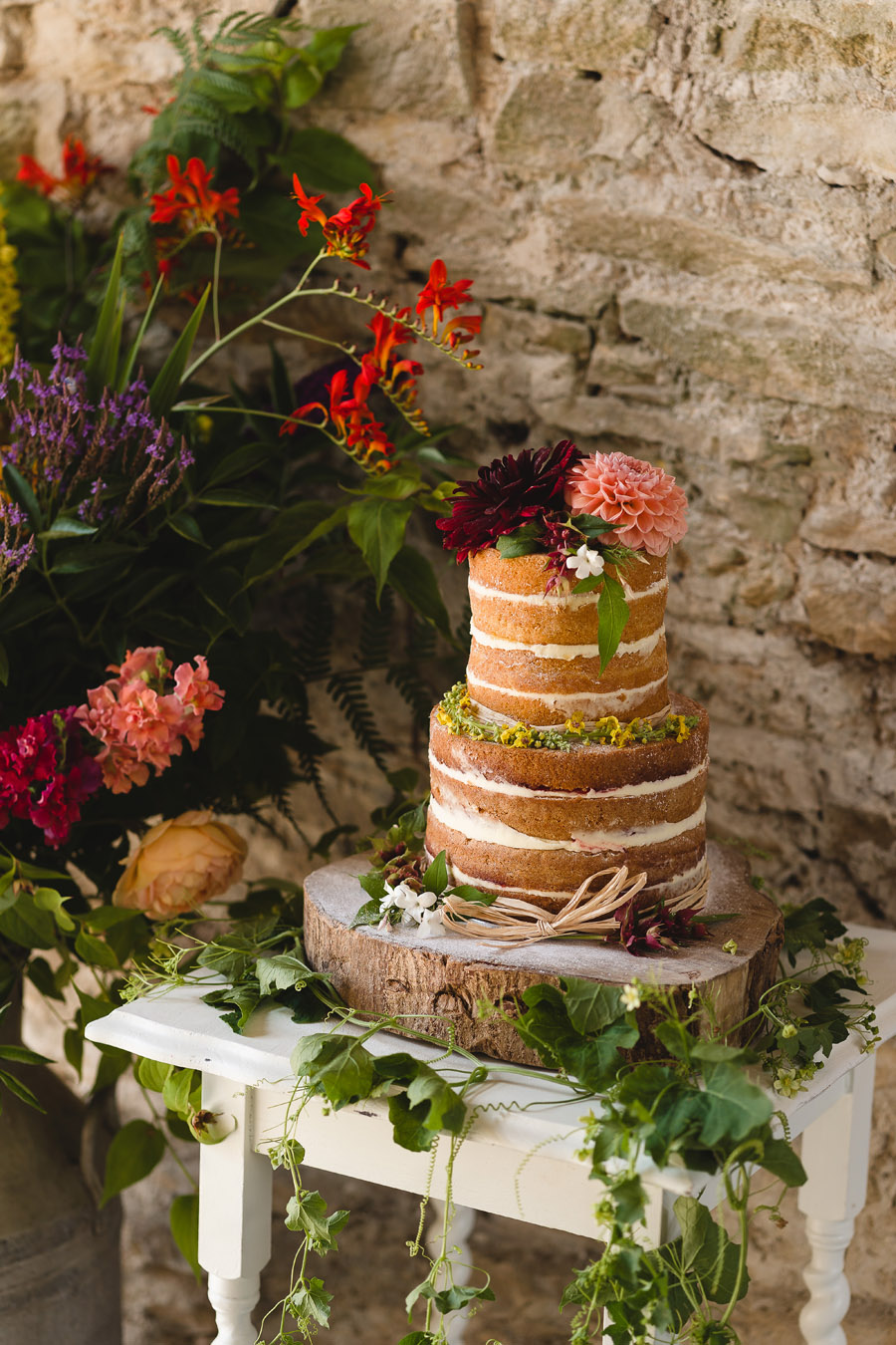 Kelston Old Barn wedding styling with Little Wedding Helper and Sam Gibson Photography (12)