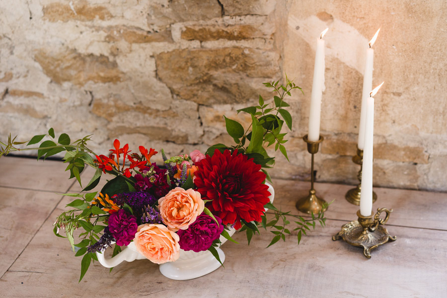 Kelston Old Barn wedding styling with Little Wedding Helper and Sam Gibson Photography (27)