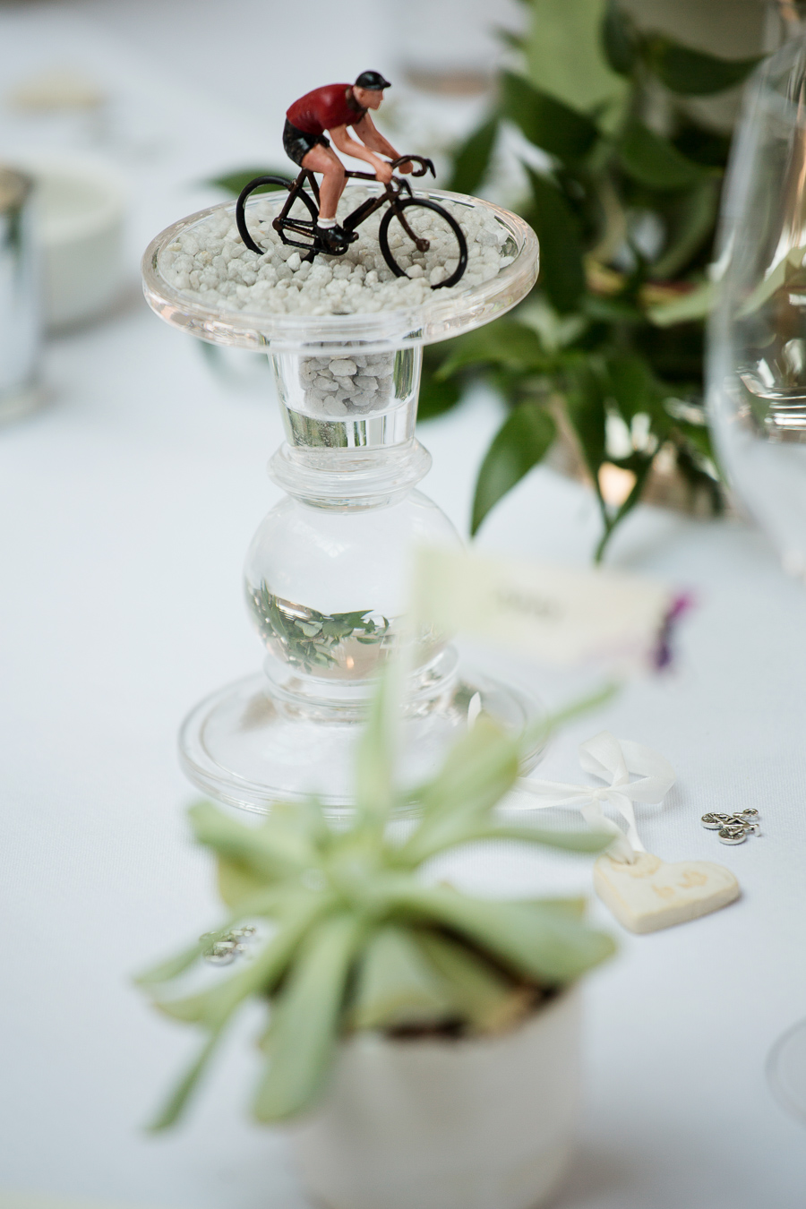 Gorgeous Devon wedding with a cycling theme and lots of ideas! Images by Martin Dabek Photography (14)