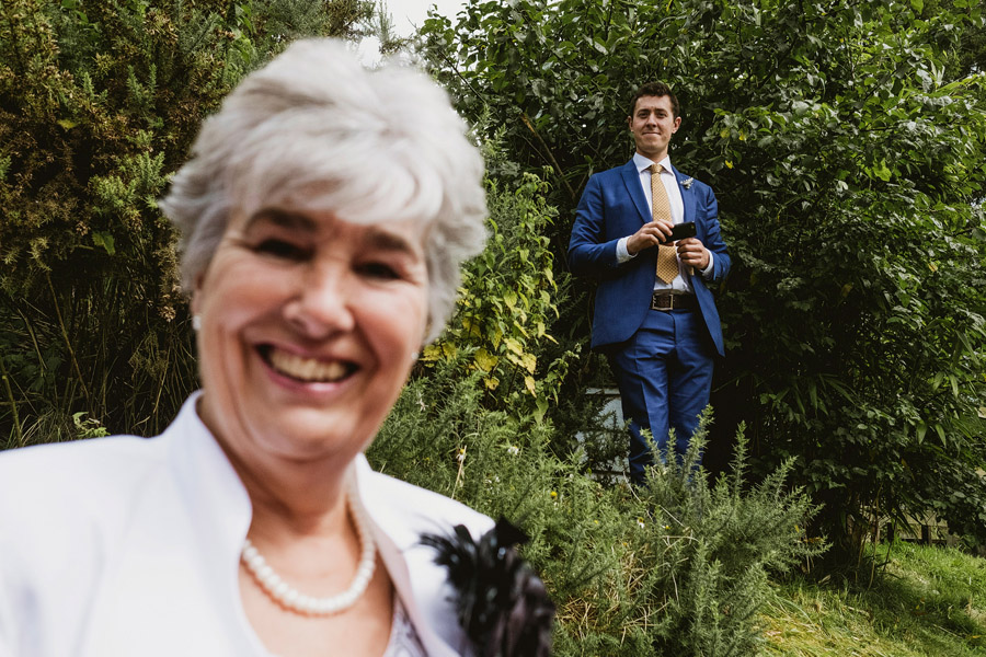 A brilliantly fun wedding story in pictures told by York Place Studios at Appletreewick Craven Arms (14)