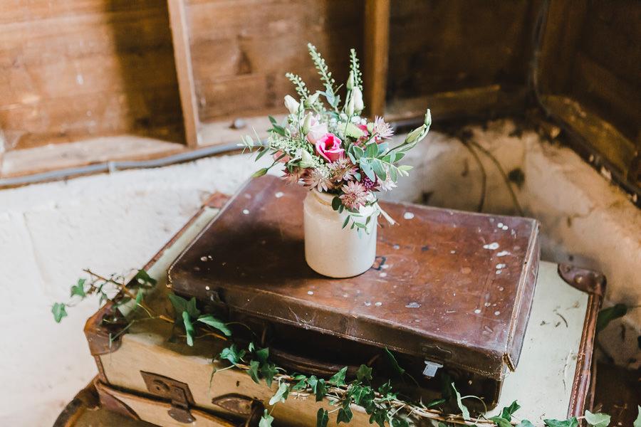 Cornwall wedding inspiration with Jennifer Jane Photography on English-Wedding.com (26)