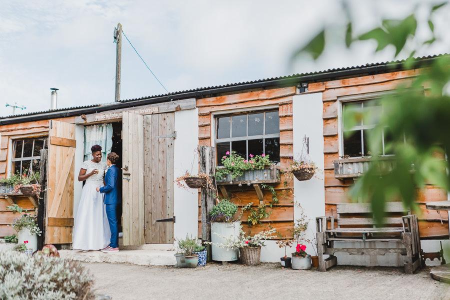 Cornwall wedding inspiration with Jennifer Jane Photography on English-Wedding.com (36)