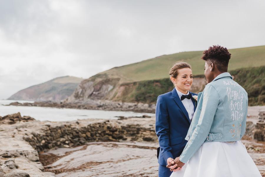 Cornwall wedding inspiration with Jennifer Jane Photography on English-Wedding.com (43)