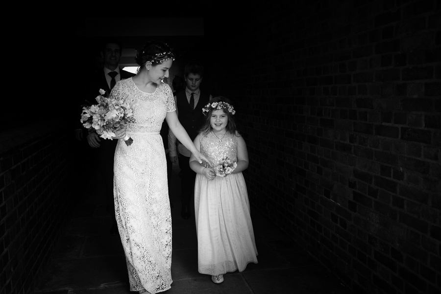 Wedding photographers in London for modern documentary style images, Annelie Eddy Photography (3)