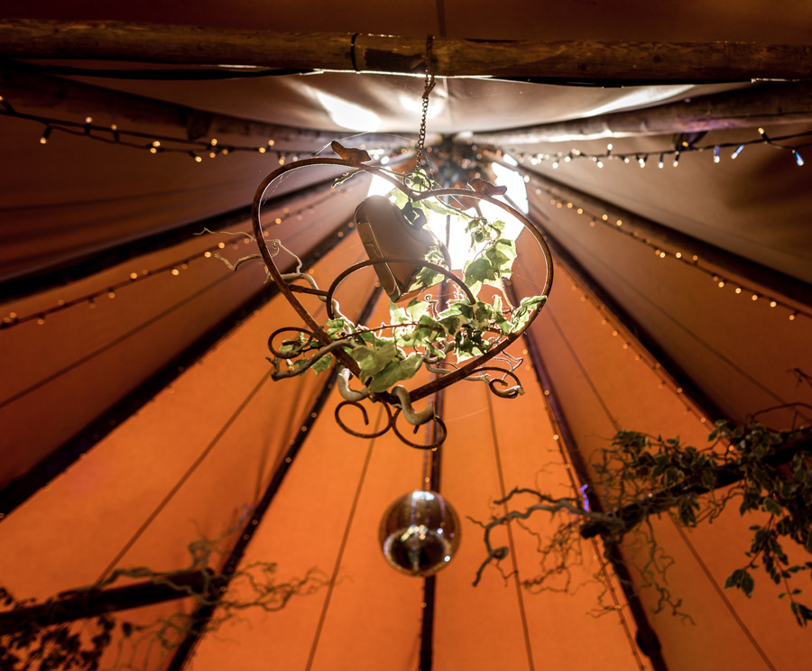 Photos by Robin Goodlad Photography in Dorset of a stunning tipi wedding full of ideas (19)