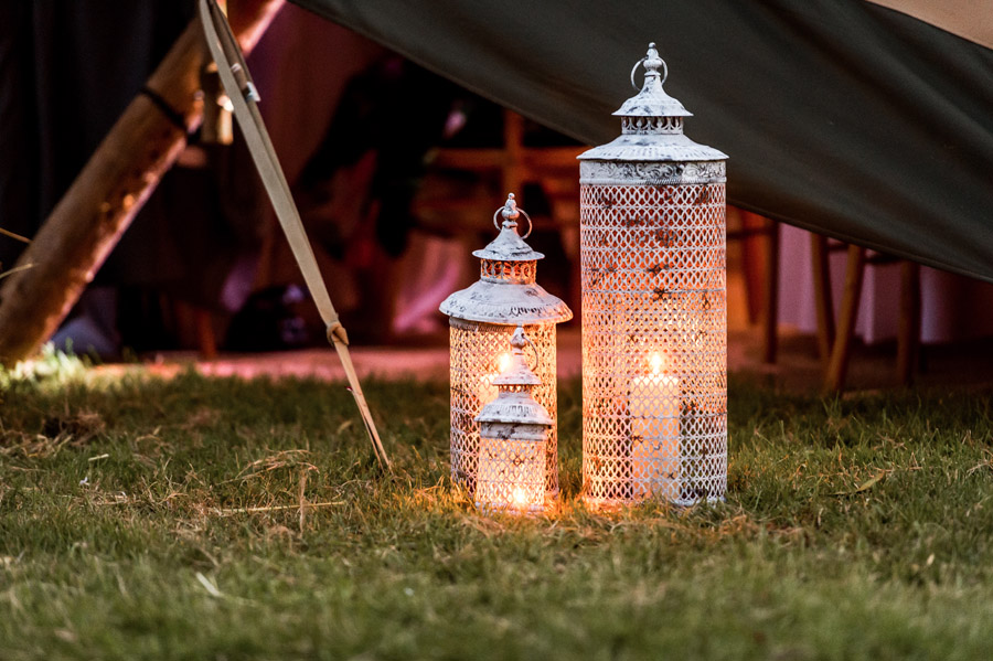 Photos by Robin Goodlad Photography in Dorset of a stunning tipi wedding full of ideas (49)
