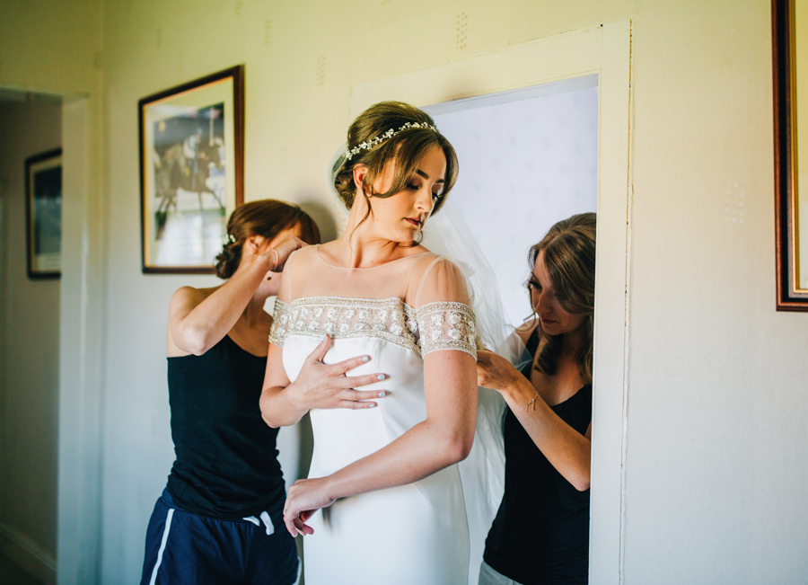 Mixed summer florals and beaming beautiful sunshine at Iscoyd Park with Rachel Joyce Photography (1)