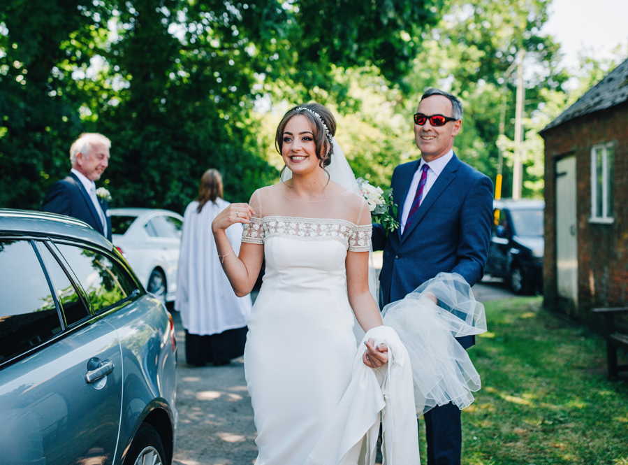 Mixed summer florals and beaming beautiful sunshine at Iscoyd Park with Rachel Joyce Photography (12)