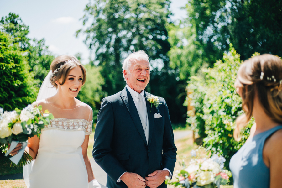 Mixed summer florals and beaming beautiful sunshine at Iscoyd Park with Rachel Joyce Photography (14)