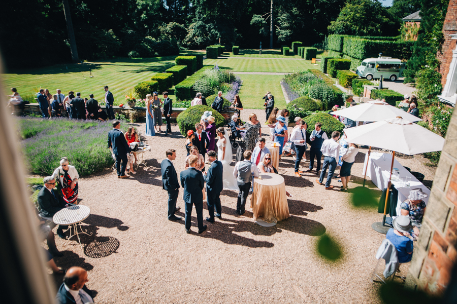 Mixed summer florals and beaming beautiful sunshine at Iscoyd Park with Rachel Joyce Photography (28)