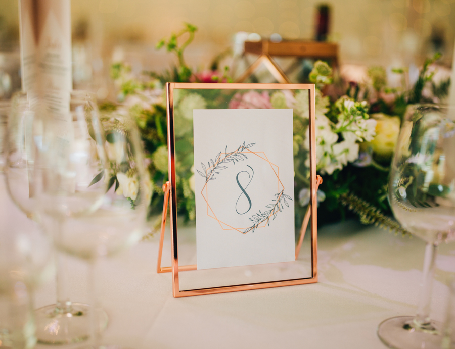 Mixed summer florals and beaming beautiful sunshine at Iscoyd Park with Rachel Joyce Photography (37)